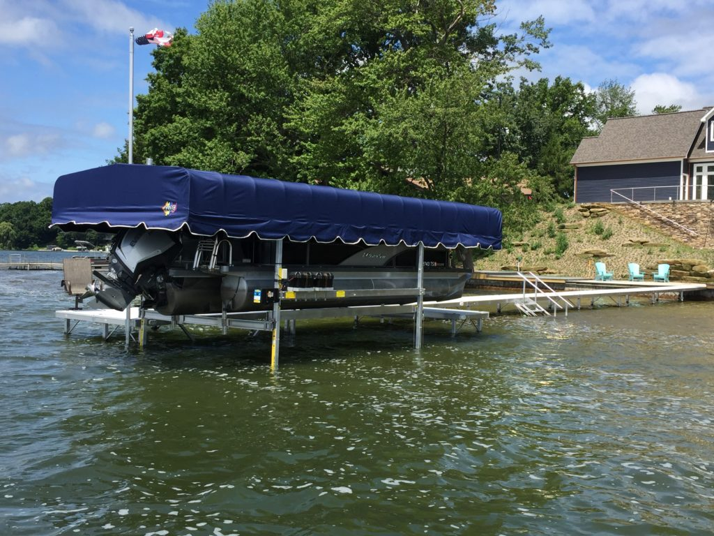 Boat Lifts - Coopers Boat Docks
